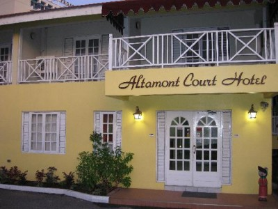 Jamaica Taxi Service  Altamont Court Hotel, Kingston, Jamaica